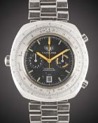 A GENTLEMAN'S STAINLESS STEEL HEUER CALCULATOR AUTOMATIC CHRONOGRAPH BRACELET WATCH CIRCA 1970s,
