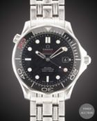 "A GENTLEMAN'S STAINLESS STEEL OMEGA SEAMASTER PROFESSIONAL ""JAMES BOND"" 300M BRACELET WATCH CIRCA"