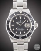 A GENTLEMAN'S STAINLESS STEEL ROLEX OYSTER PERPETUAL DATE SUBMARINER BRACELET WATCH CIRCA 1985, REF.