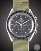A GENTLEMAN'S STAINLESS STEEL OMEGA SPEEDMASTER PROFESSIONAL CHRONOGRAPH WRIST WATCH CIRCA 1990,