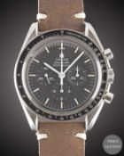 A GENTLEMAN'S STAINLESS STEEL OMEGA SPEEDMASTER PROFESSIONAL CHRONOGRAPH WRIST WATCH CIRCA 1990s,