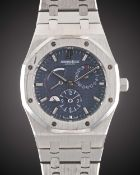 A GENTLEMAN'S STAINLESS STEEL AUDEMARS PIGUET ROYAL OAK DUAL TIME POWER RESERVE BRACELET WATCH CIRCA