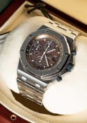 A RARE GENTLEMAN'S STAINLESS STEEL AUDEMARS PIGUET ROYAL OAK OFFSHORE CHRONOGRAPH BRACELET WATCH