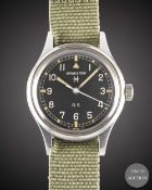 A GENTLEMAN'S STAINLESS STEEL HAMILTON GENERAL SERVICE TROPICALIZED MILITARY WRIST WATCH CIRCA