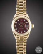 A LADIES 18K SOLID GOLD ROLEX OYSTER PERPETUAL DATEJUST BRACELET WATCH CIRCA 1978, REF. 6917 WITH