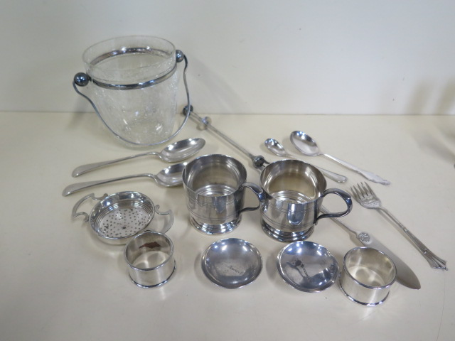 Lot 530 - A collection of assorted plated items, including a glass ice bucket, cracked