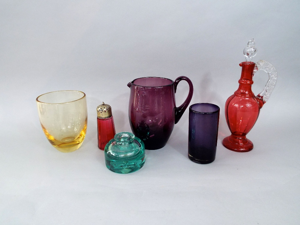Lot 140 - A mixed collection of 19th century and later coloured glass to include a set of five green glass