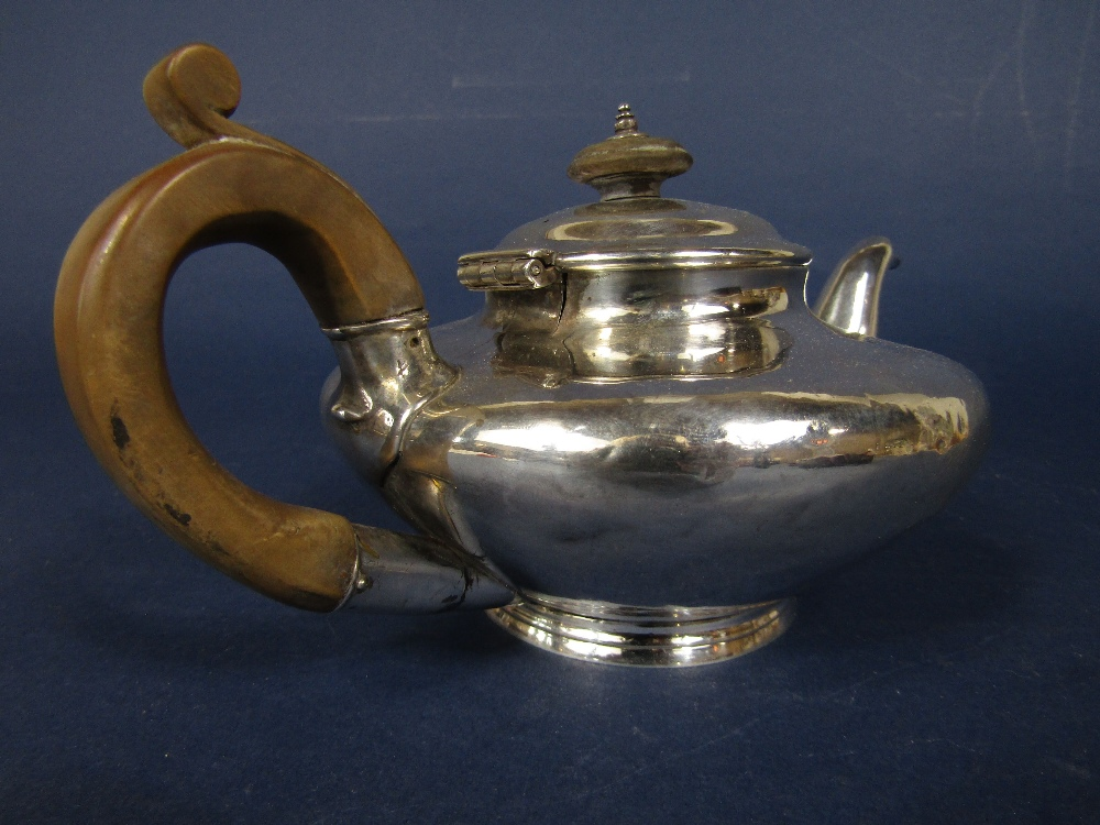 Lot 240 - Good quality squat ovoid bachelor teapot, maker Richard Pearce and George Burrows, London 1836, 22cm