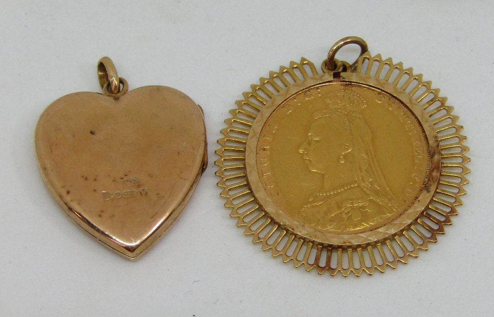 Lot 488 - Sovereign dated 1888 in an openwork pendant mount, together with an engine turned 9ct heart shaped