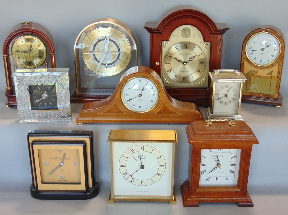 Lot 589 - A box containing a collection of vintage mainly mantel clocks to include Knight & Gibbons and