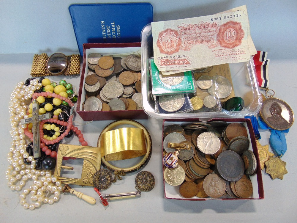 Lot 621 - A mixed collection of 19th century and later English and some foreign coinage, silver and bronze,