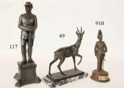 Bronze, RehbockAuf Marmorsockel. Massiv Bronze. 23x28cm. Zustand: II