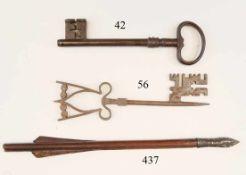 Großer Torschlüssel, 18.Jhdt.Eisen. 23cm.Zustand: II