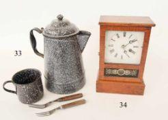 Kaffekanne und Becher USA Bürgerkriegszeit1861-65. Emailliert. Dazu 2 Gabeln. Alte Originale.