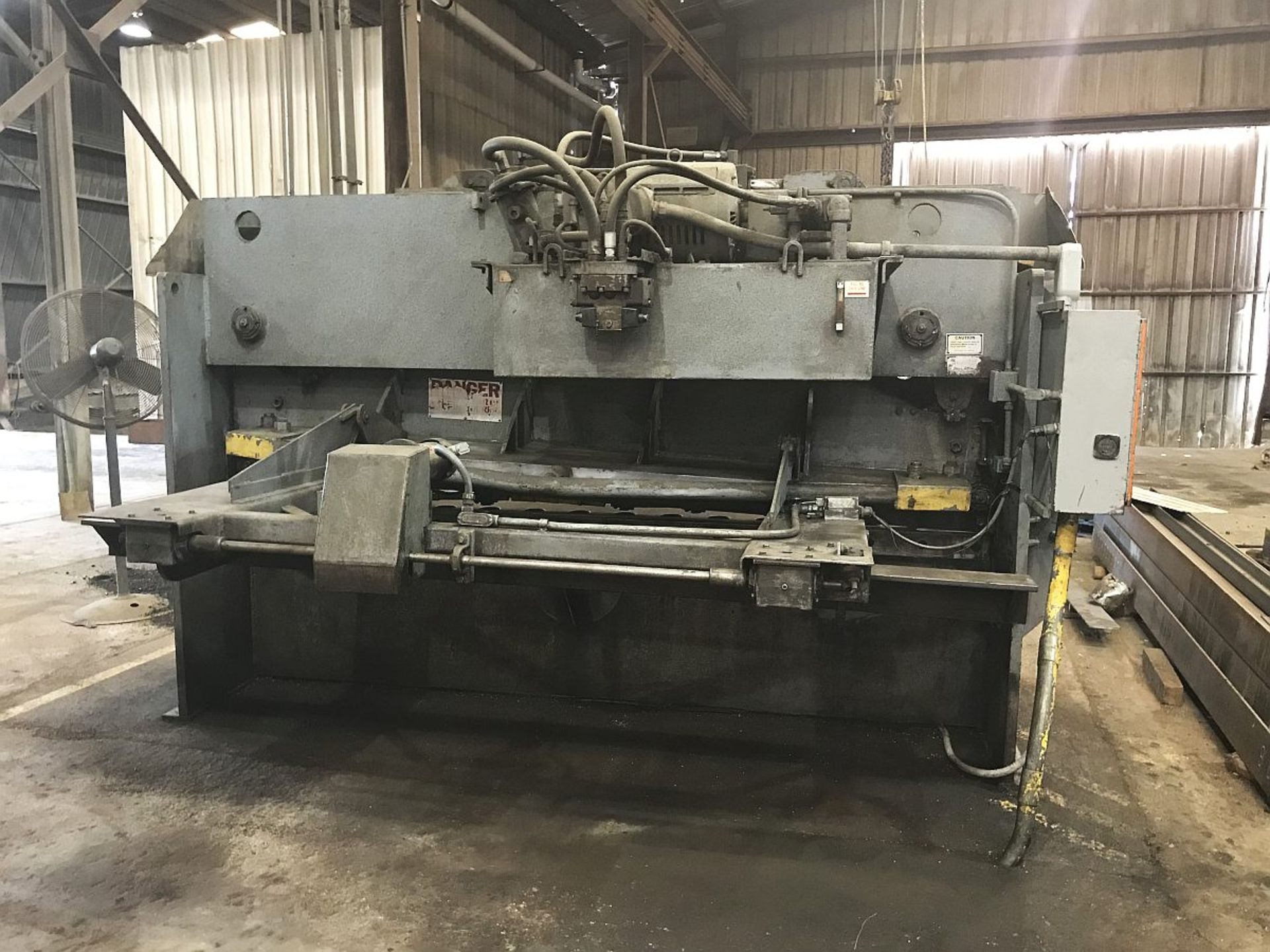 "Lot 248 - HTC Hydraulic Shear, , Mdl 500-10A, ½"" x 120"" cap., 31"" Squaring Arm, SN A1174841, 1975"