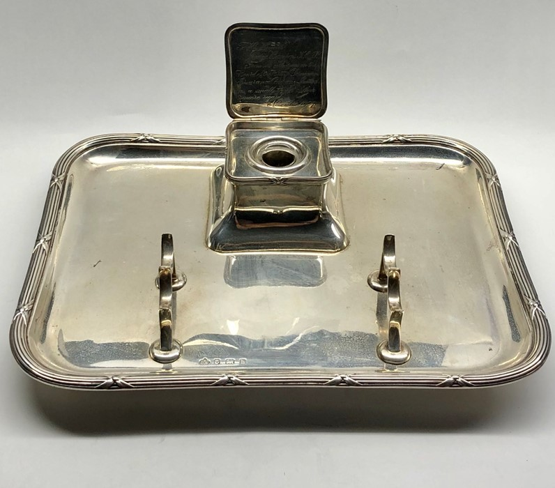 Lot 34 - Large hallmarked crested Silver Desk Pen & Inkstand measures approx 33cm by 25cm weight 1204g