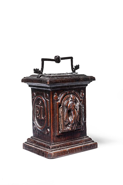 Lot 8 - An oak or chestnut alms box, late 16th / early 17th century