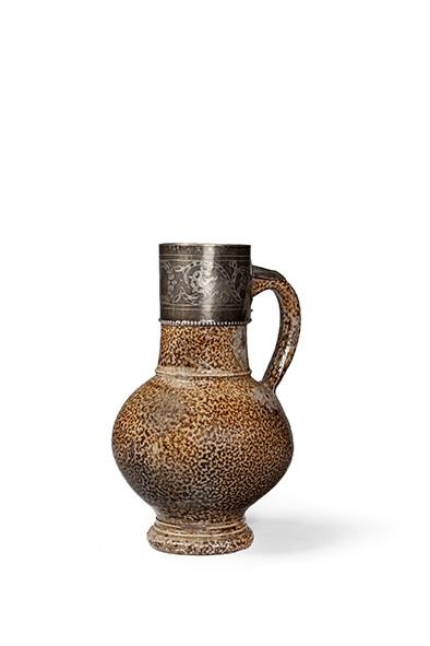 Lot 3 - An Elizabethan Tigerware jug