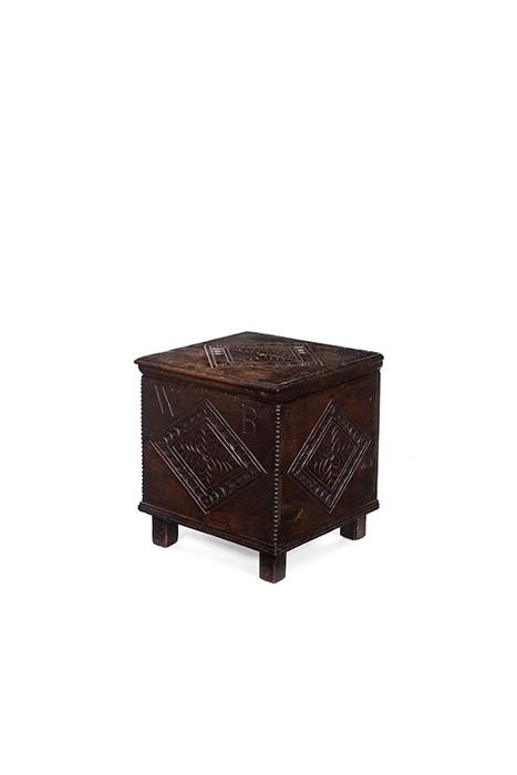Lot 37 - A Charles II oak close stool, circa 1670