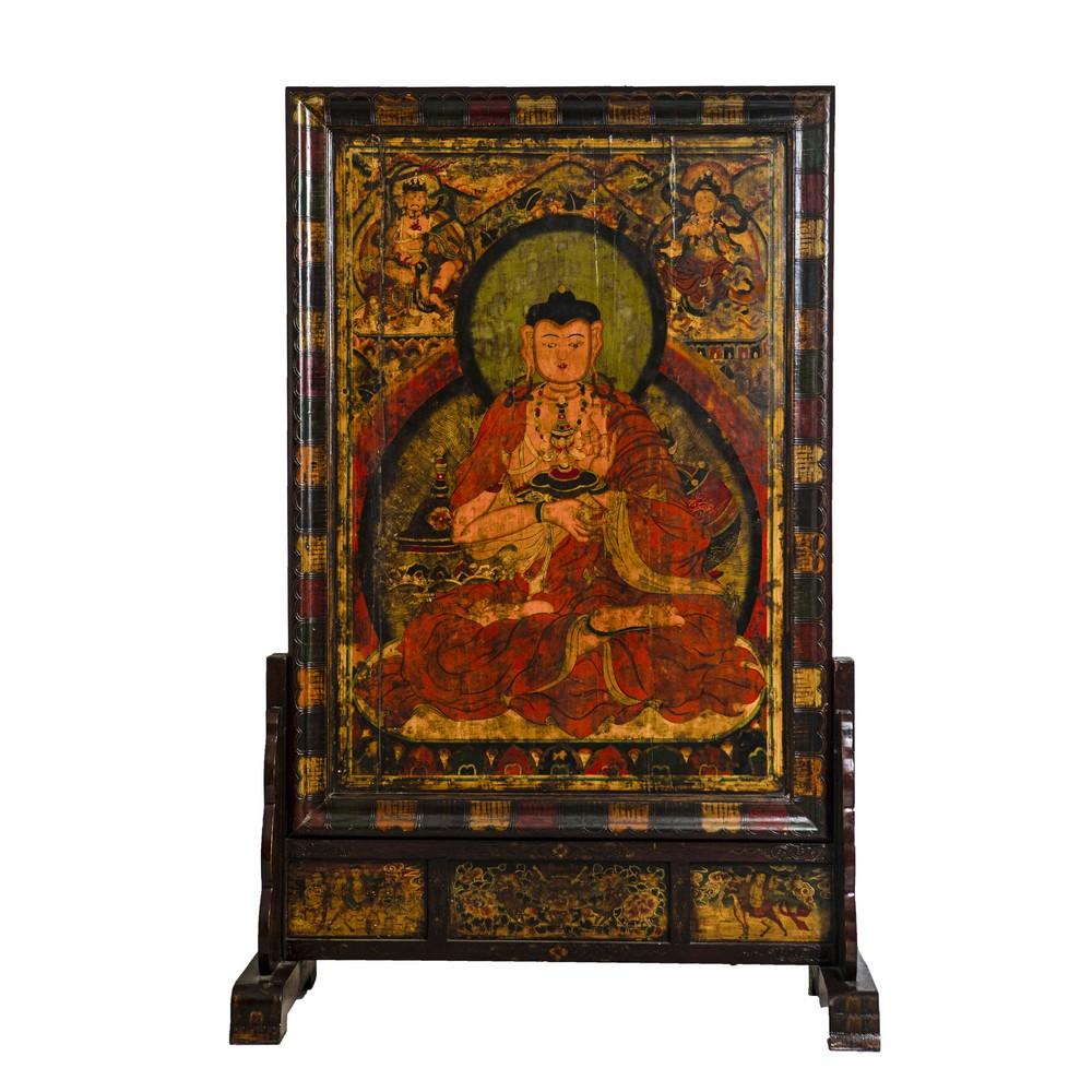 """Lot 378 - OLIO su tavola """"Buddha"""" con supporto in legno. Oriente XX secolo Misure: cm 186 x 136"""
