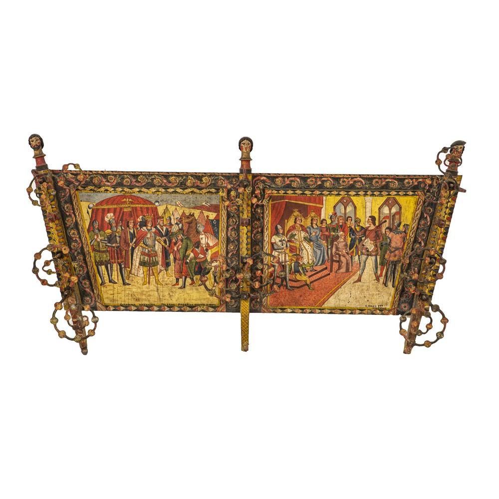 """Lot 736 - SPONDA di carretto siciliano in legno decorato e dipinto a mano raffigurante """"Scene di Federico II"""","""