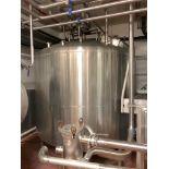 Lot 40 - Mueller 2000 Gallon Stainless Steel Vertical Mixing Tank