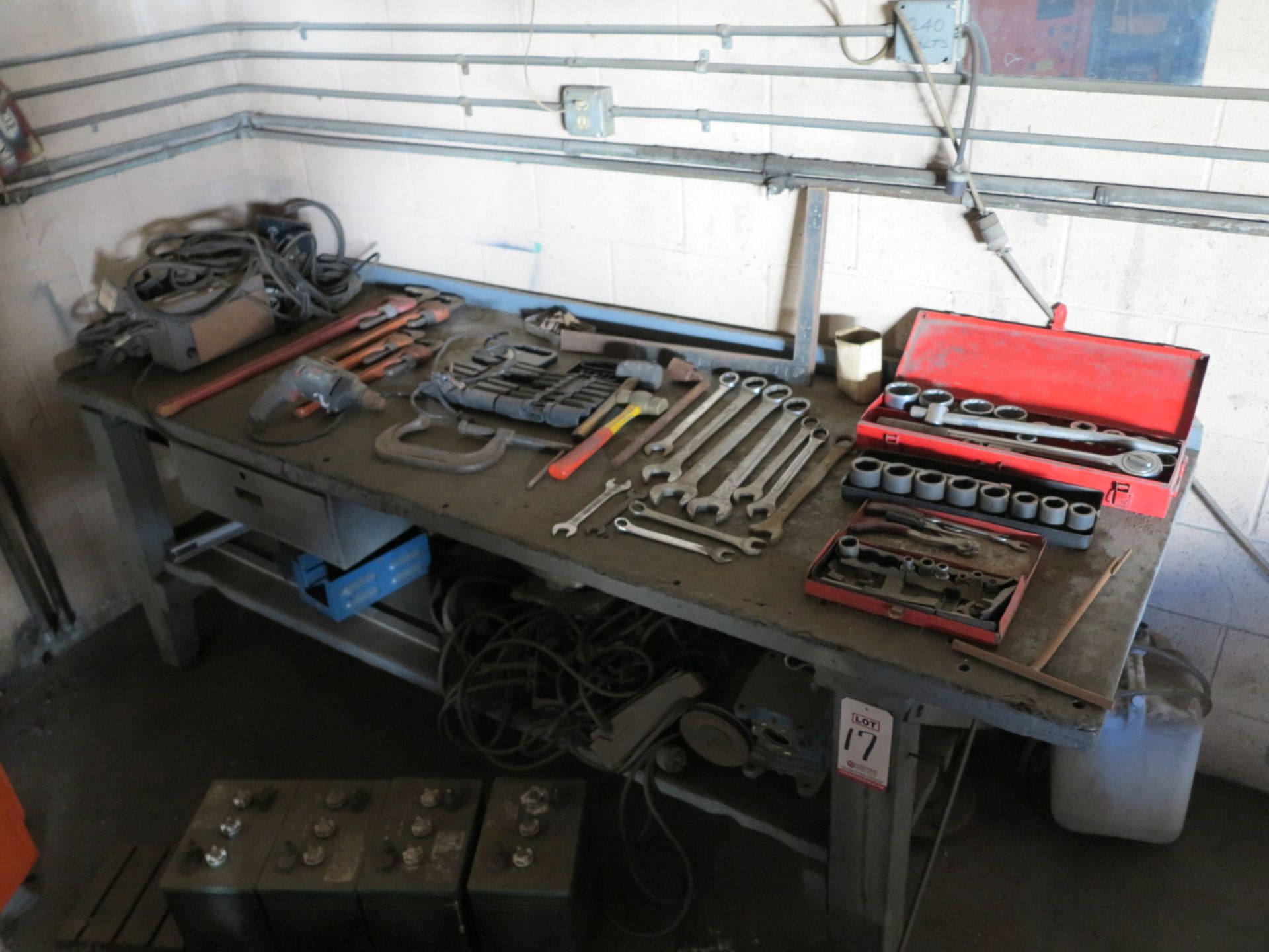 Lot 17 - LOT - WORKBENCH W/ ASSORTED HAND TOOLS
