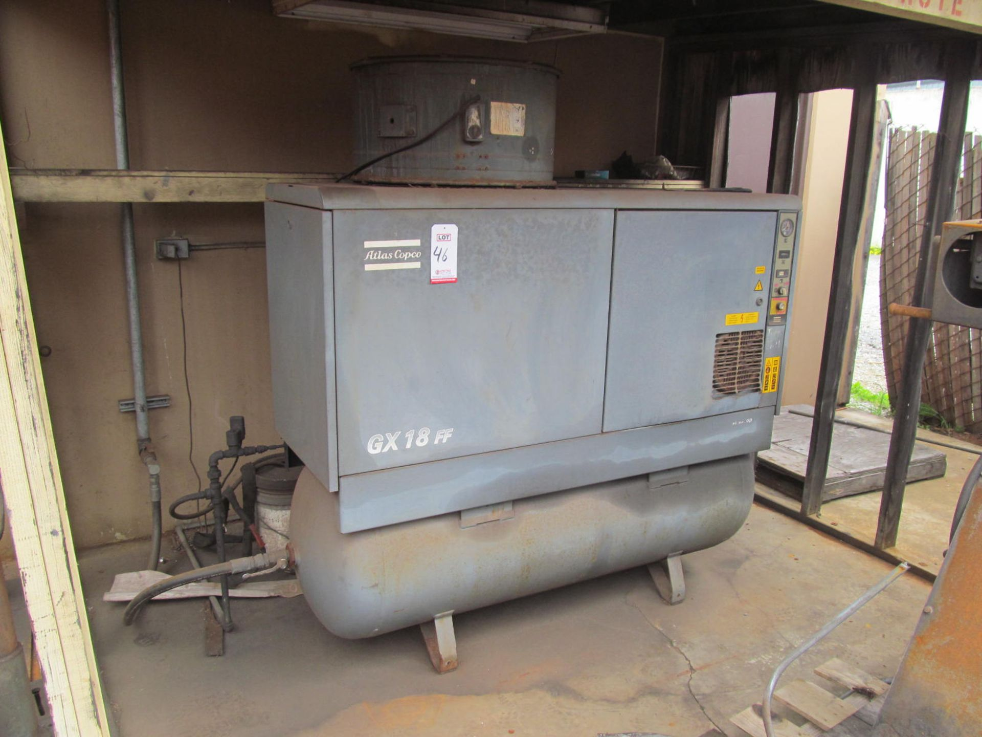 Lot 46 - ATLAS COPCO GX 18FF ROTARY SCREW AIR COMPRESSOR, 25 HP, 104 CFM, 129 PSI, MOUNTED ON HORIZONTAL