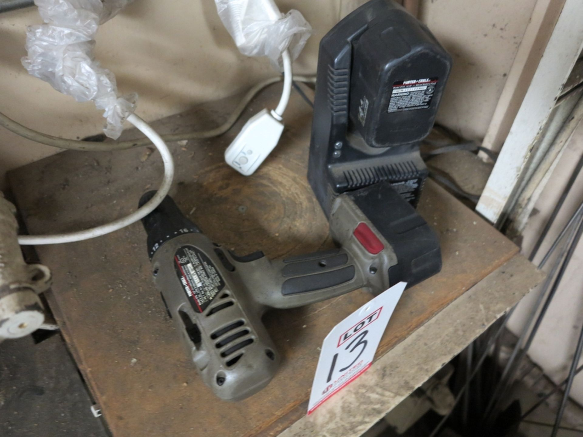 "Lot 13 - LOT - PORTER CABLE 878 1/2"" CORDLESS DRILL/DRIVER W/ CHARGER AND (2) BATTERIES"