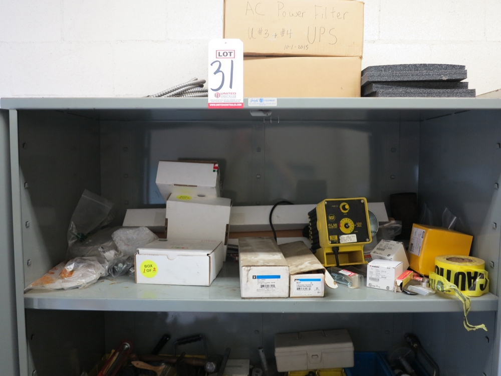 Lot 31 - 2-DOOR STORAGE CABINET W/ CONTENTS TO INCLUDE: MISC HAND TOOLS AND MISC ELECTRICAL SUPPLIES