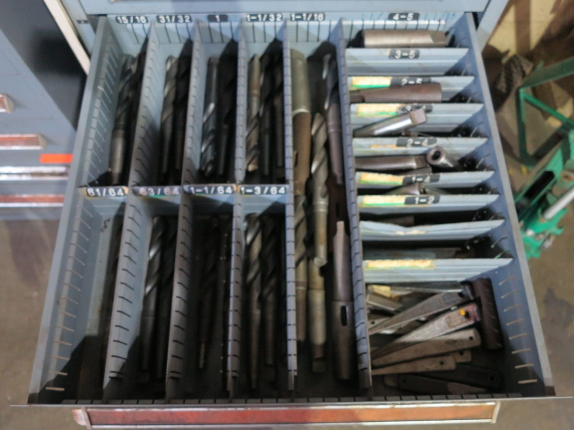 Lot 22 - STANLEY VIDMAR 9-DRAWER TOOL CABINET W/ CONTENTS OF TAPER DRILLS AND SLEEVES