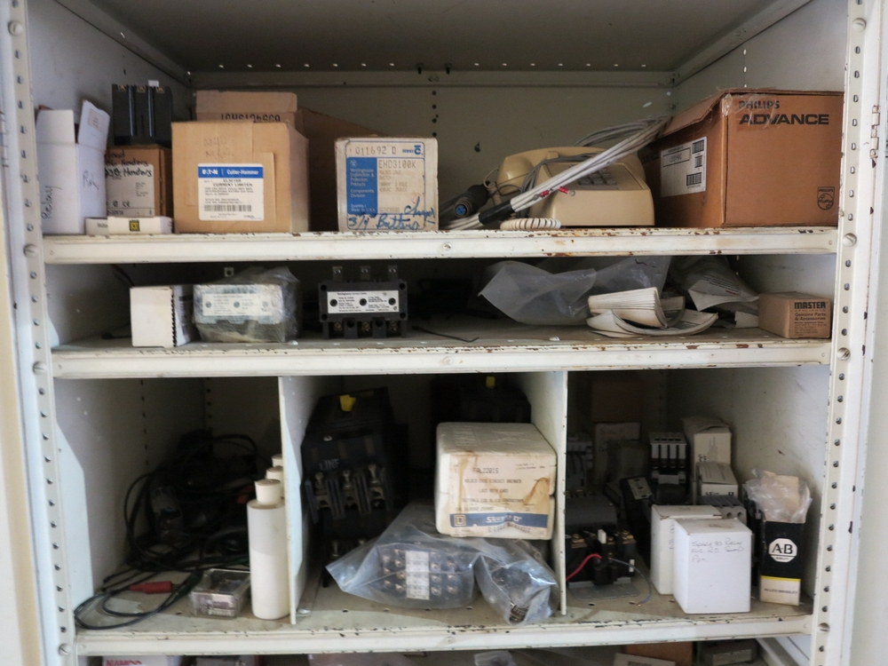 Lot 28 - 2-DOOR STORAGE CABINET W/ CONTENTS TO INCLUDE: ELECTRICAL CONTROLS, CURRENT LIMITERS, CIRCUIT