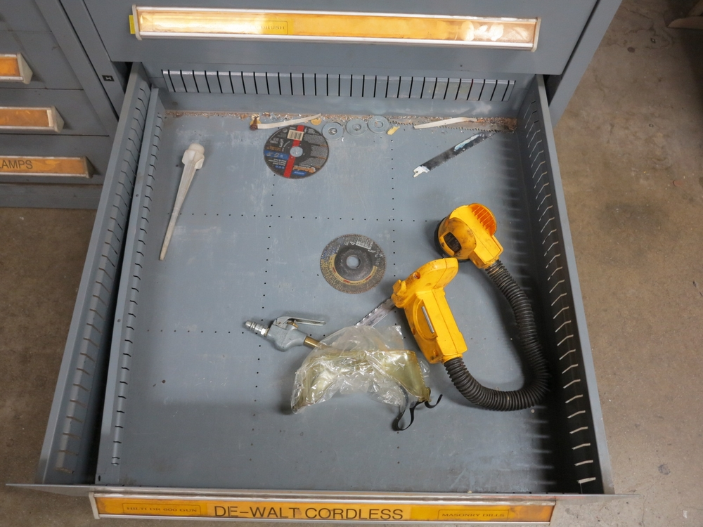 Lot 15 - STANLEY VIDMAR 9-DRAWER PARTS/TOOL CABINET, W/ CONTENTS TO INCLUDE: HILTI FASTENERS AND ANCHORS