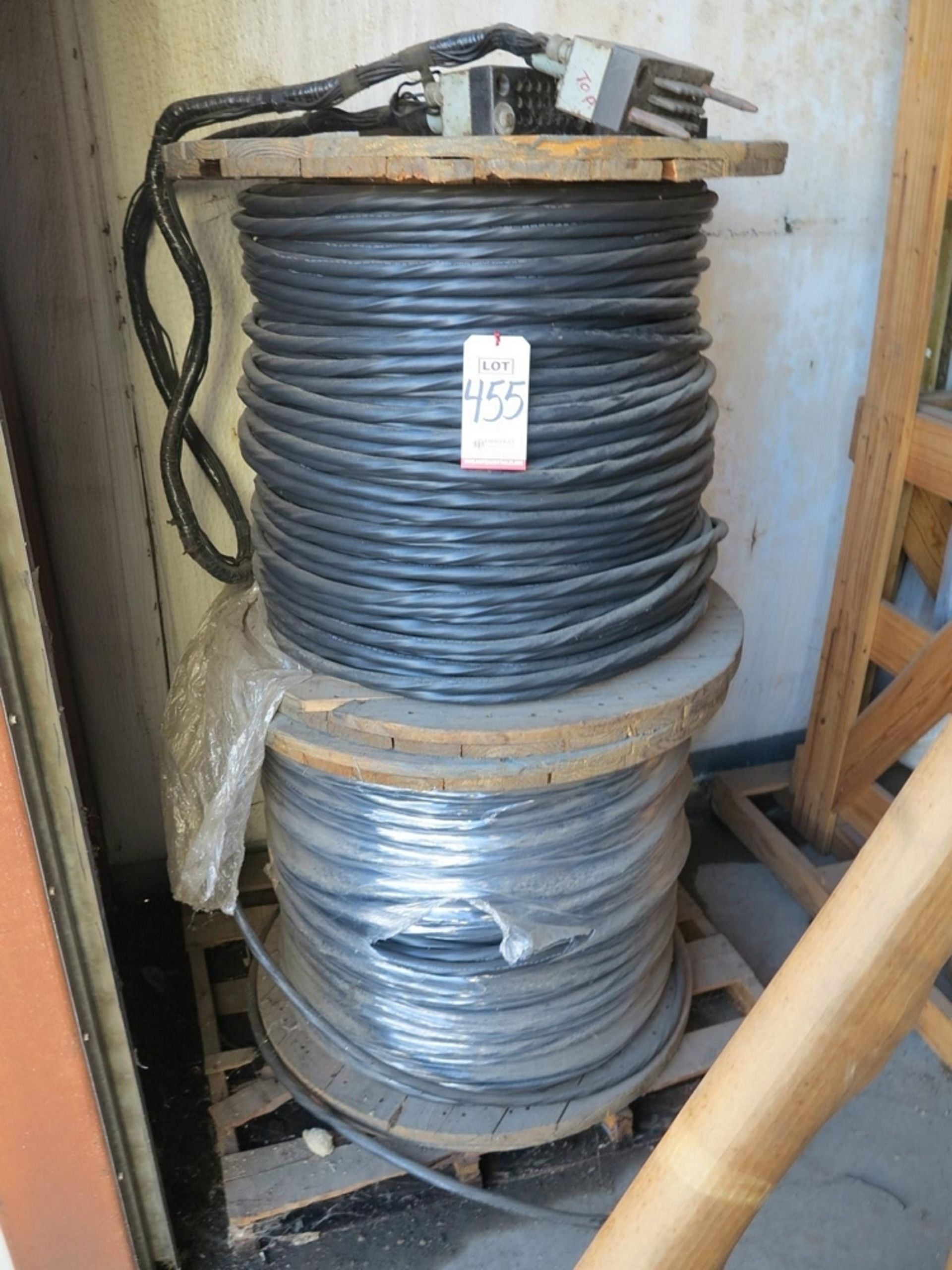 Lot 455 - LOT - (4) SPOOLS OF HIGH VOLTAGE ELECTRIC CABLE