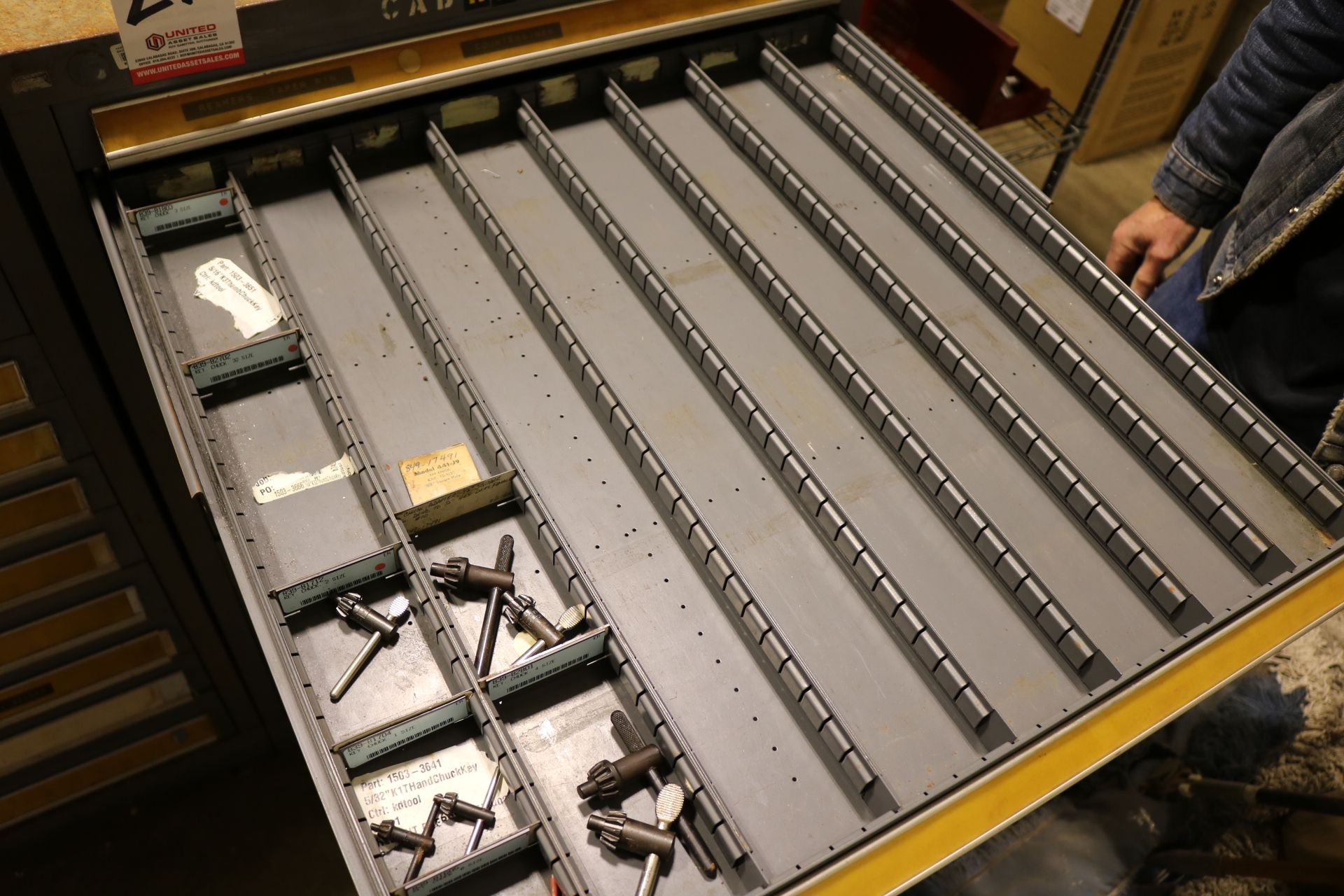 """Lot 21 - STANLEY VIDMAR 11-DRAWER PARTS/TOOL CABINET, 44""""HT, W/ CONTENTS TO INCLUDE: REAMERS, THREADED"""
