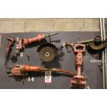 Lot 31 - LOT - (5) PNEUMATIC TOOLS: (2) CHISELS, (2) GRINDERS AND (1) RECIPROCATING SAW