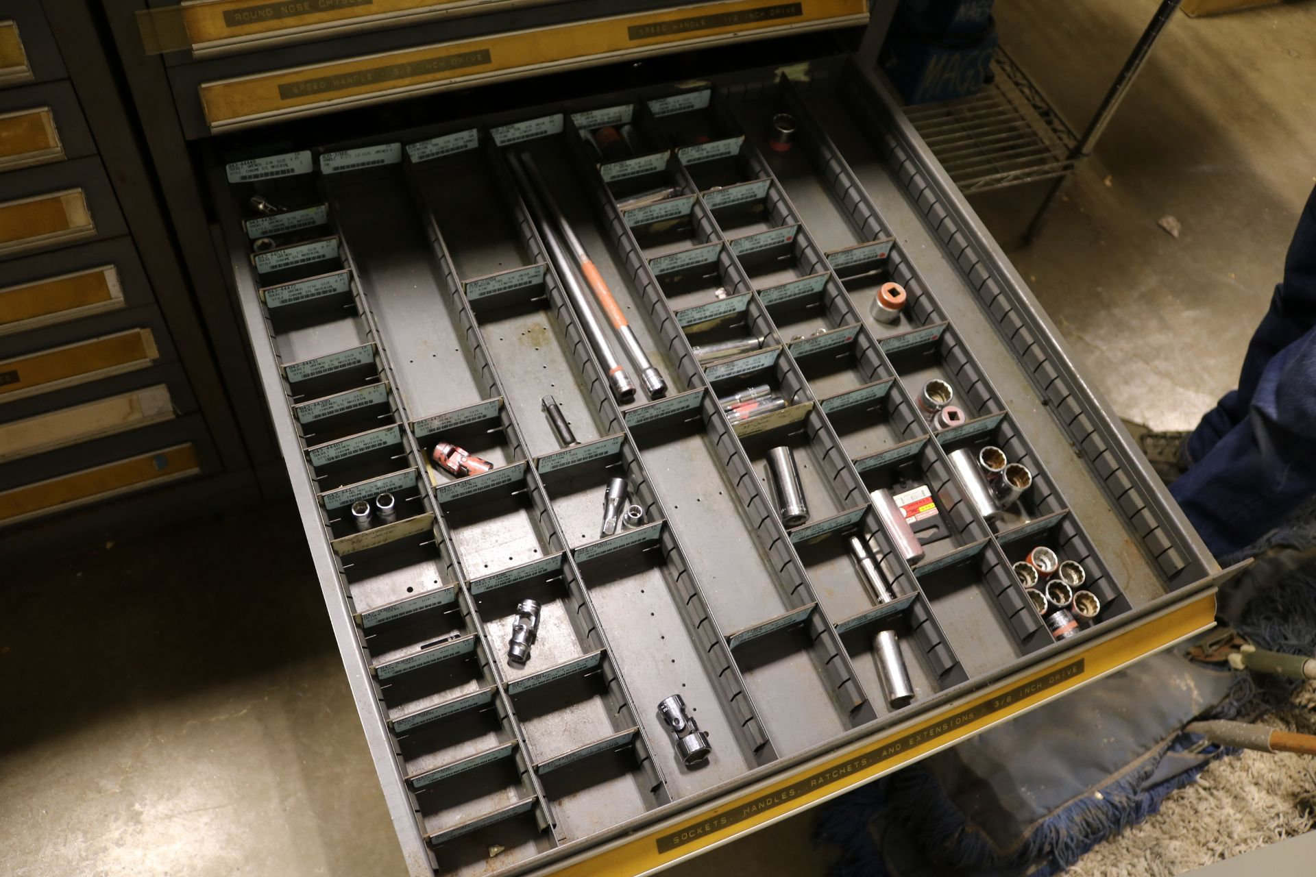 "Lot 21 - STANLEY VIDMAR 11-DRAWER PARTS/TOOL CABINET, 44""HT, W/ CONTENTS TO INCLUDE: REAMERS, THREADED"
