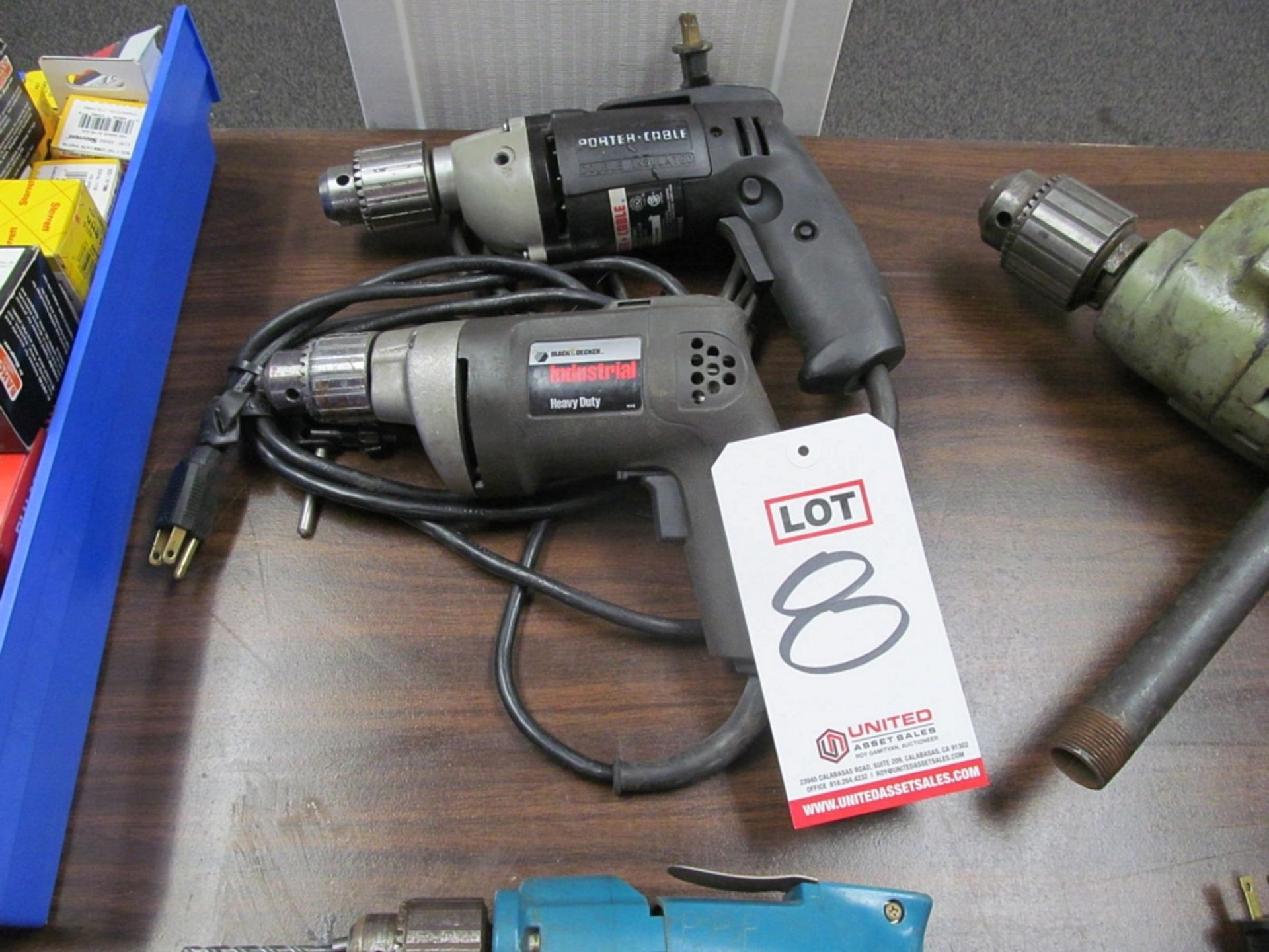 "Lot 8 - LOT - (2) 1/2"" DRILLS: (1) PORTER CABLE #6614 EHD AND (1) BLACK & DECKER #1180"