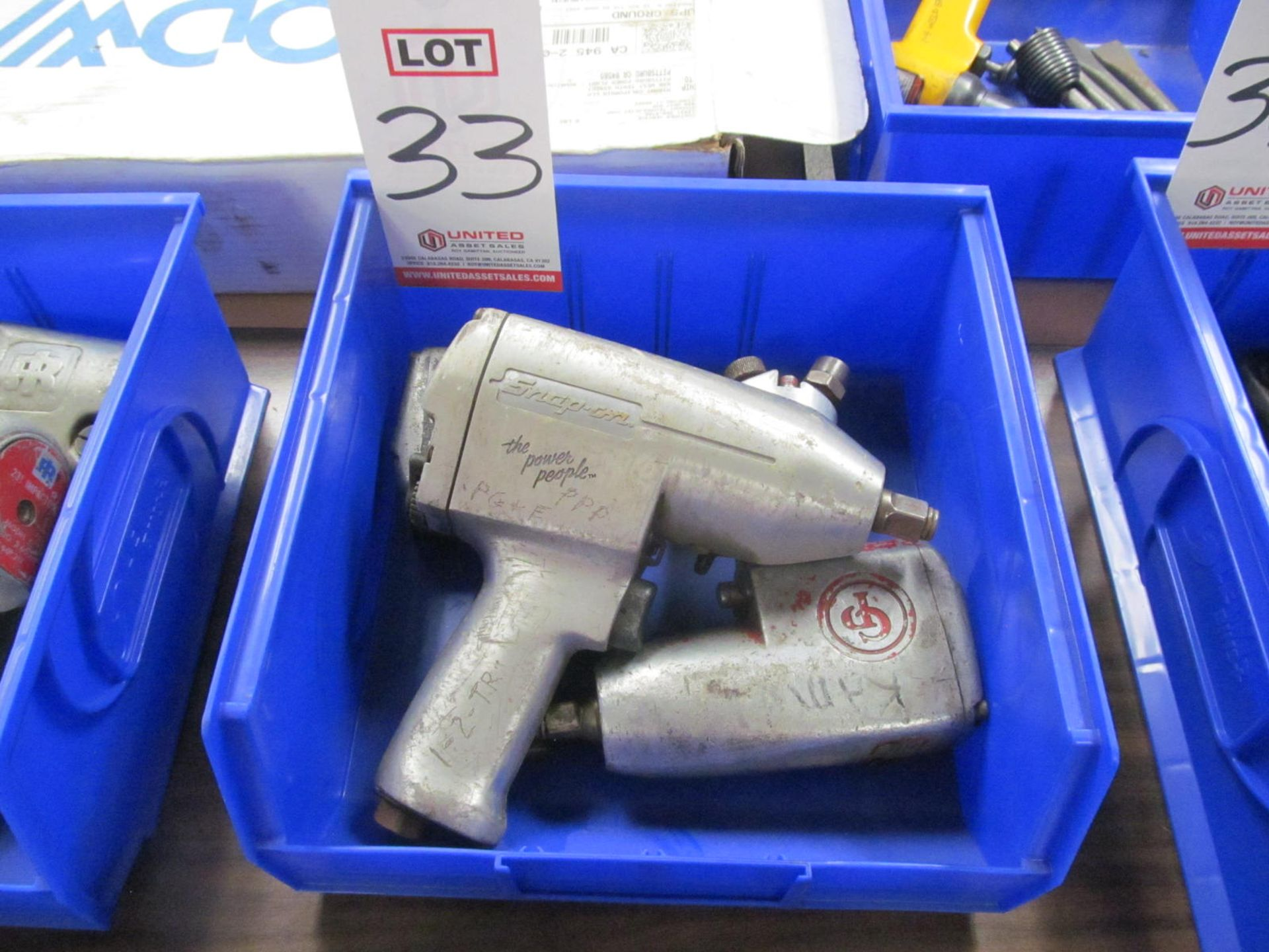 """Lot 33 - LOT - (3) 1/2"""" IMPACTS: (2) CP #9547 AND (1) SNAP-ON #IM5100"""