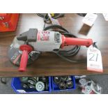 "Lot 21 - MILWAUKEE 6067 7""/9"" ANGLE GRINDER"