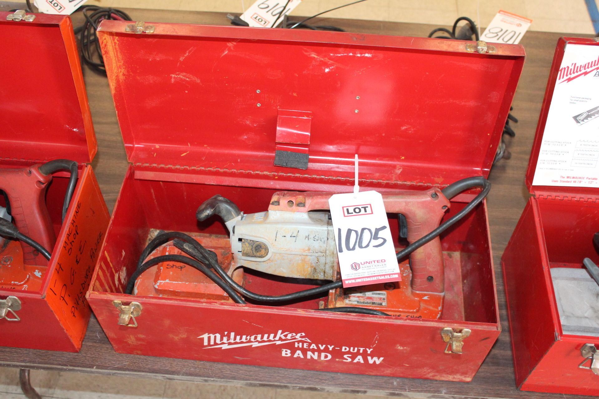 Lot 1005 - MILWAUKEE PORTABLE BAND SAW W/ CASE, (LUNCHROOM)