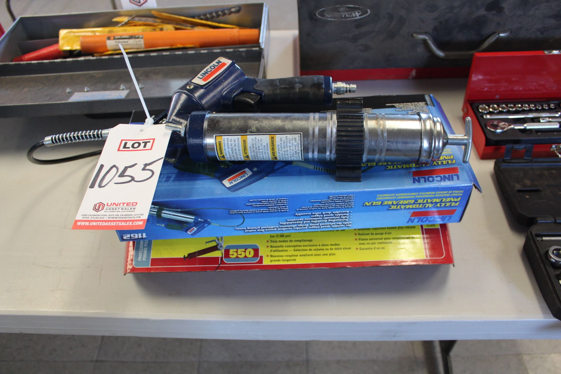 Lot 1055 - GLOT - REASE GUNS - NEW, (LUNCHROOM)