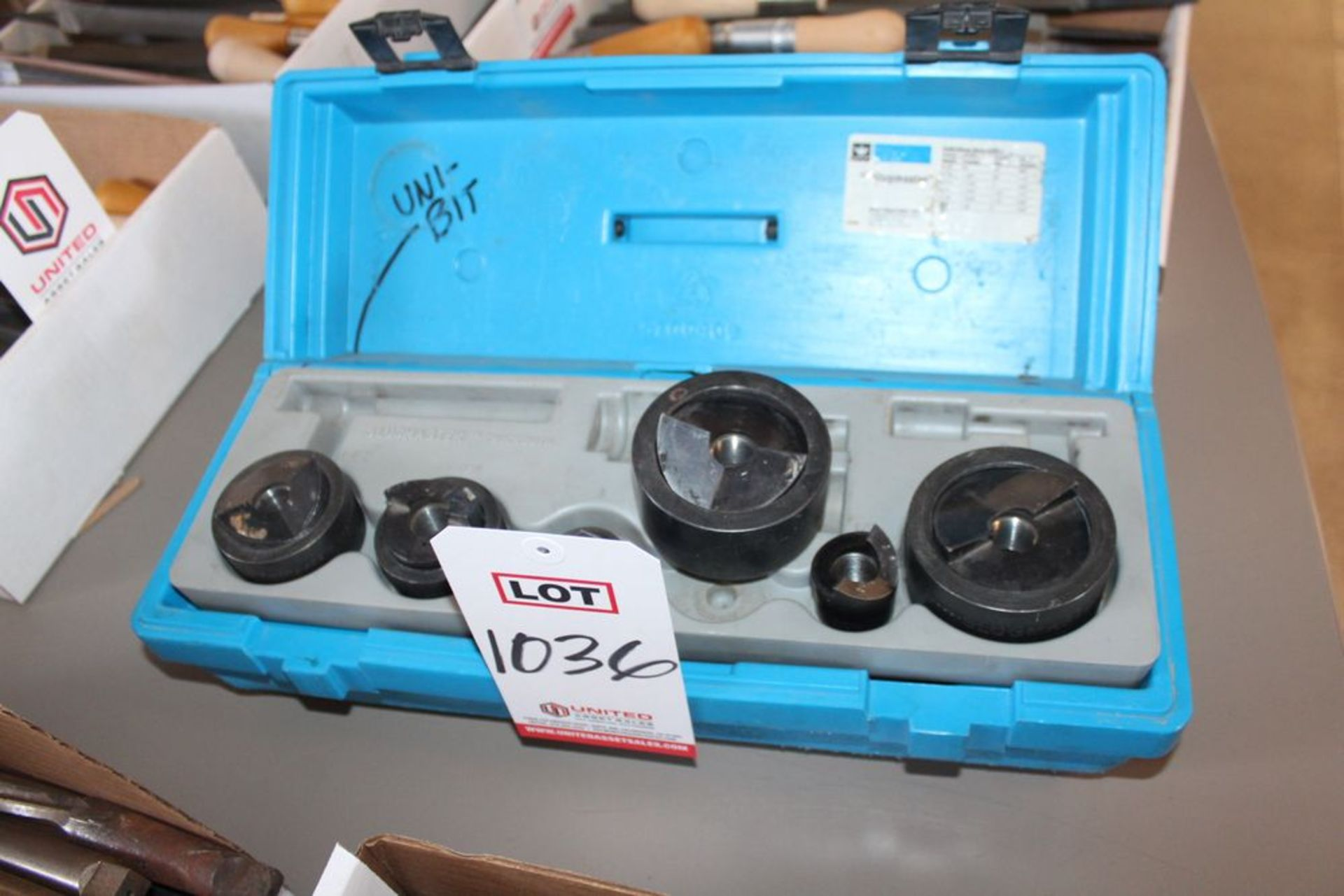 Lot 1036 - LOT - KNOCK-OUT TOOLS, (LUNCHROOM)