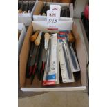 Lot 1043 - LOT - FILES, (LUNCHROOM)