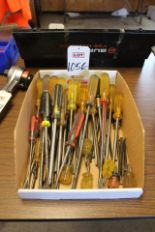 Lot 1056 - LOT - SCREWDRIVERS, (LUNCHROOM)