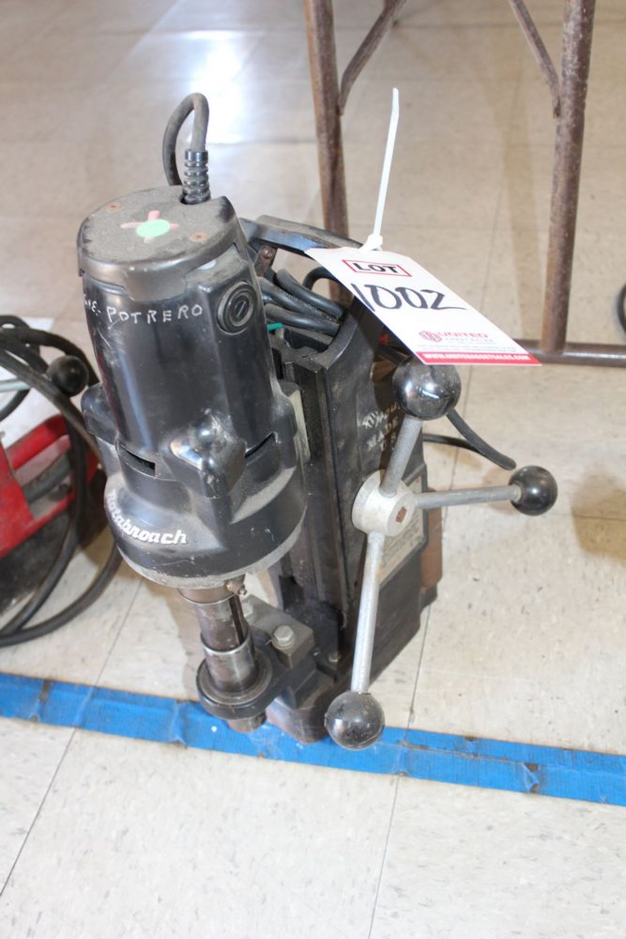 Lot 1002 - HOUGEN ROTOBROACH MAGNETIC BASE DRILL, (LUNCHROOM)