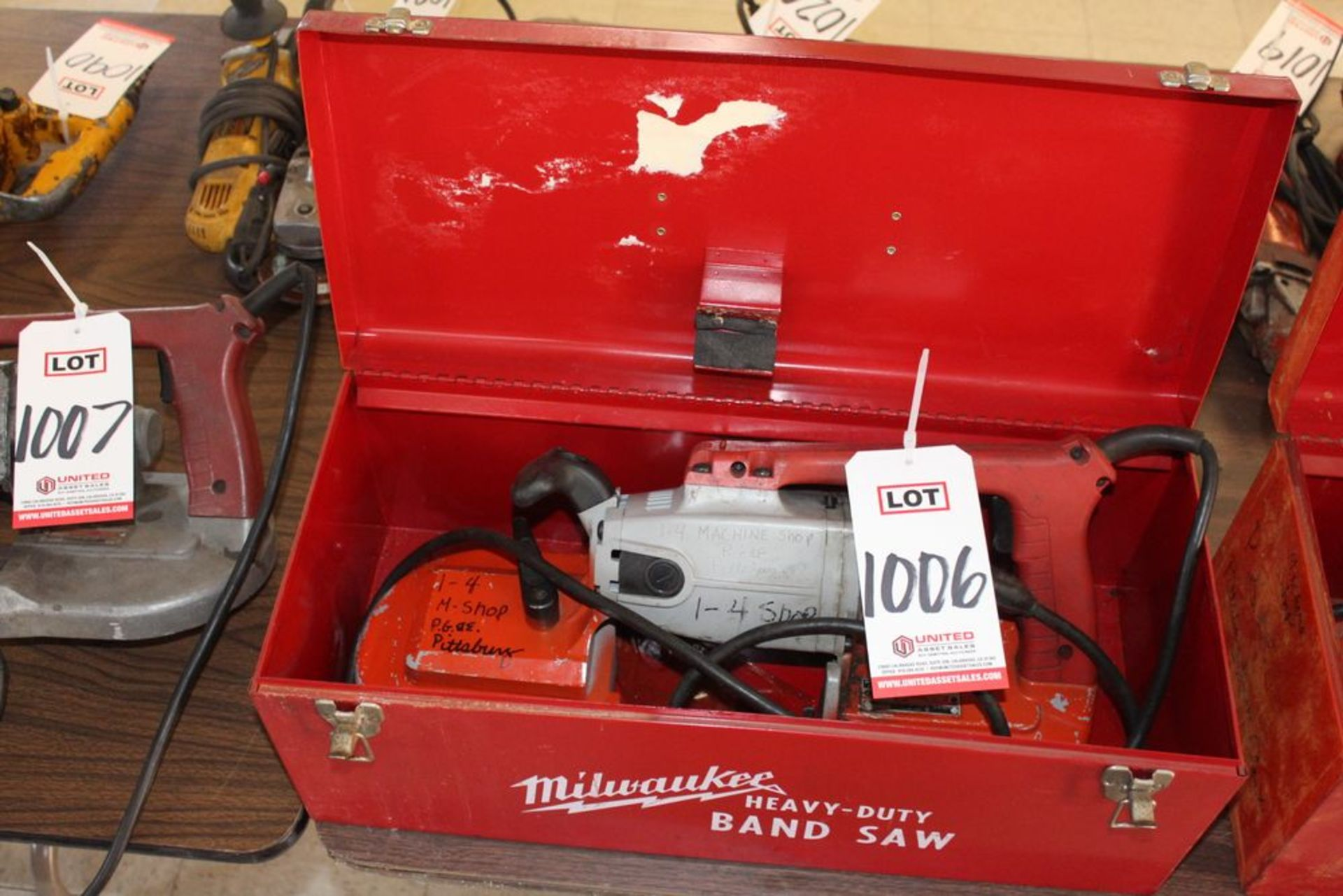 Lot 1006 - MILWAUKEE PORTABLE BAND SAW W/ CASE, (LUNCHROOM)