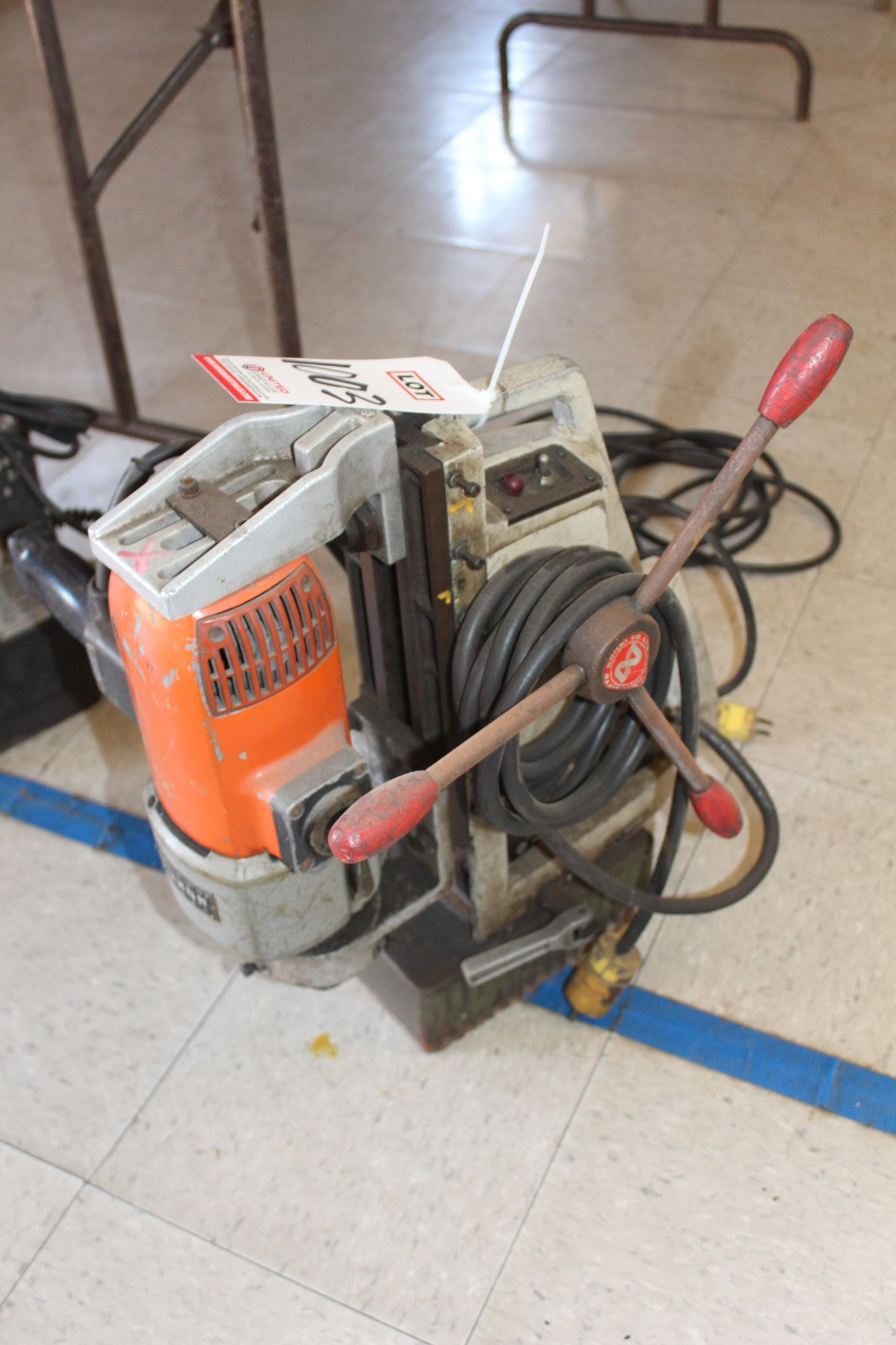 Lot 1003 - ATRA MAGNETIC BASE DRILL, (LUNCHROOM)