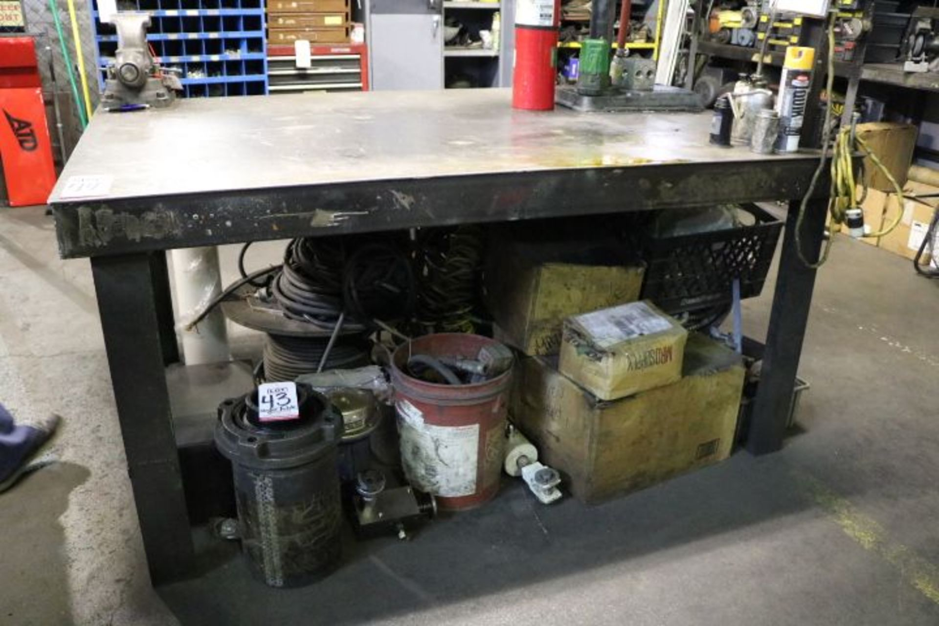 Lot 44 - STEEL TABLE