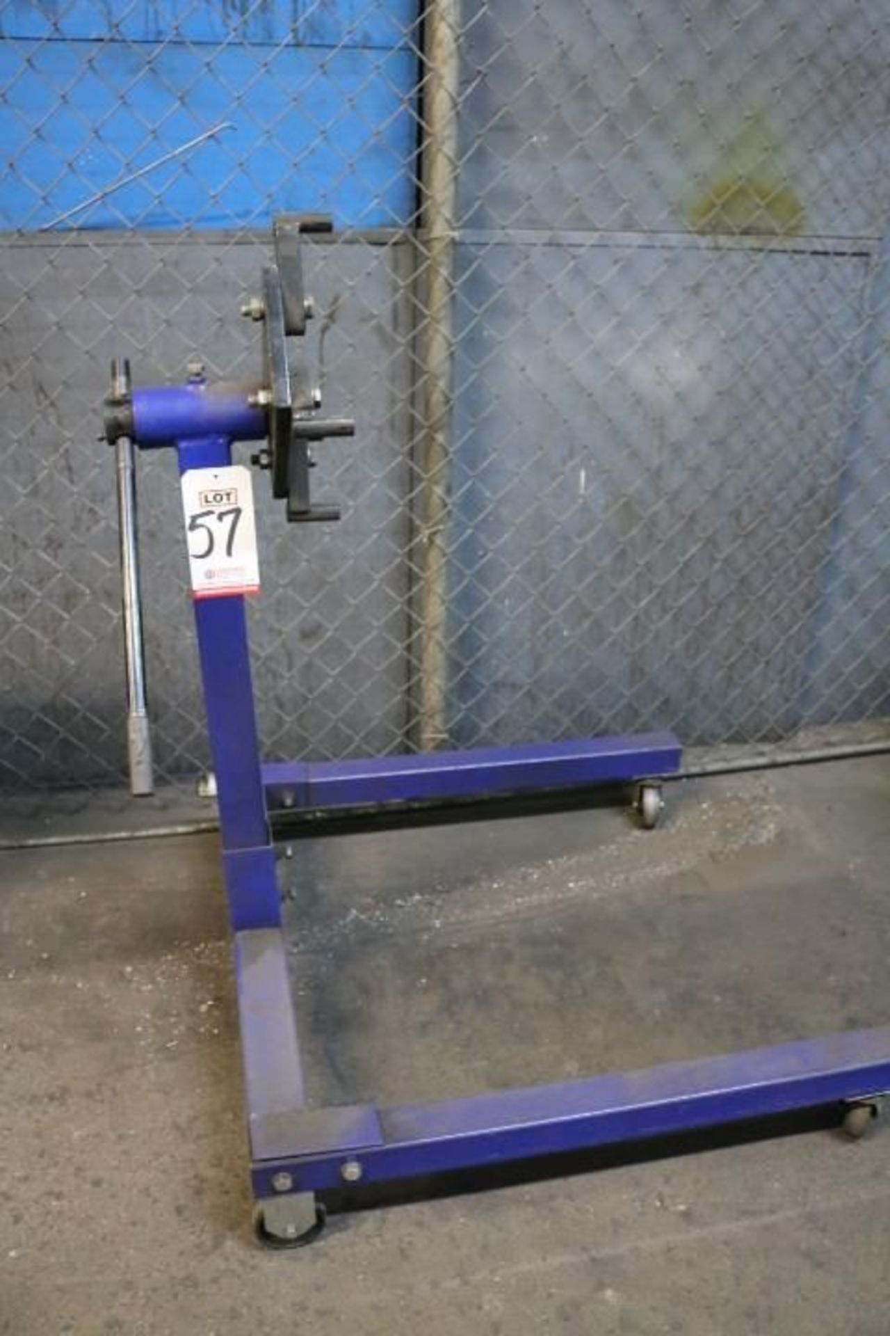 Lot 57 - MOTOR STAND